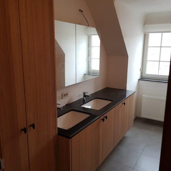 badkamer-eik-dikfineer-t-en-t-exterieur-interieur