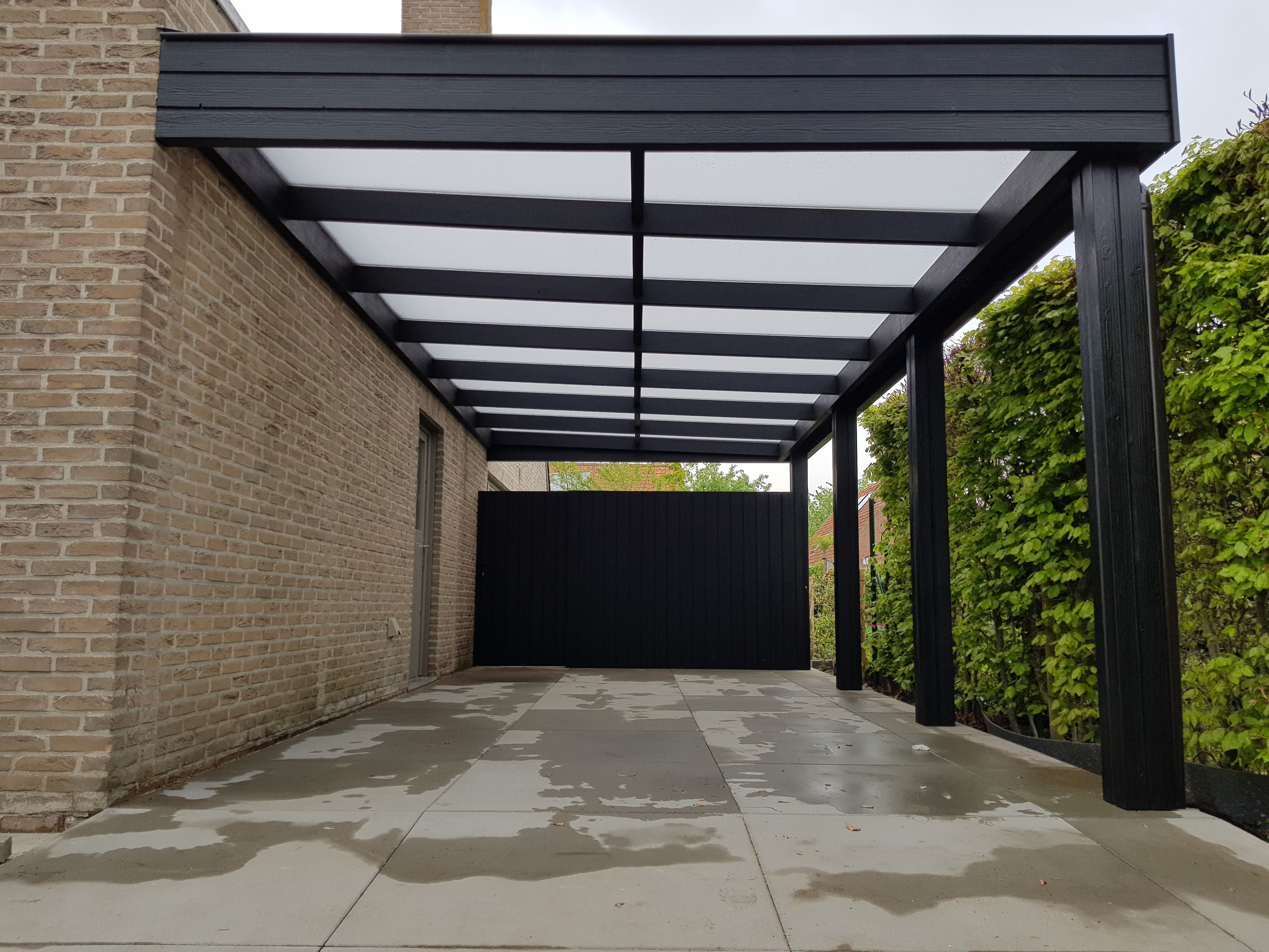 carport_thermowood_black_t_en_t_interieur_exterieur