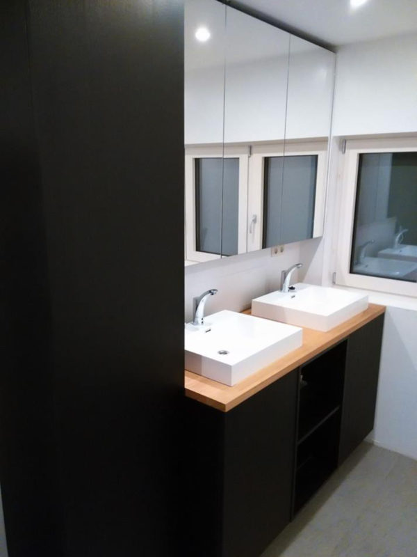 omslagfoto-badkamer-zwart-nerfstructuur